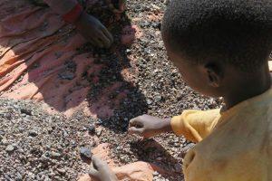 Congo : Les voitures électriques sont-elles construites par le travail des enfants ?