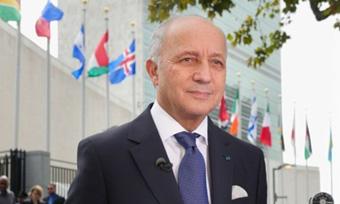Conférence de Laurent Fabius organisée par La Chaîne de l'Espoir le 9 octobre 2017